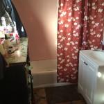 Back Unit bathroom
